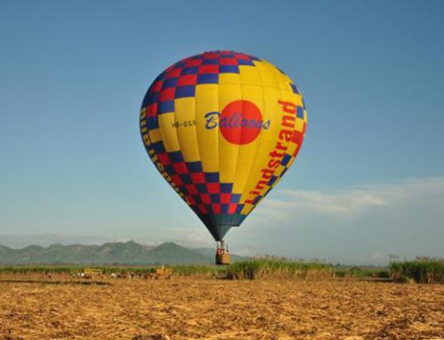 How large are hot air balloons?